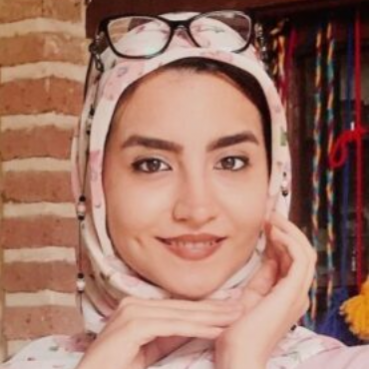 خانم فاطمه بحرینی